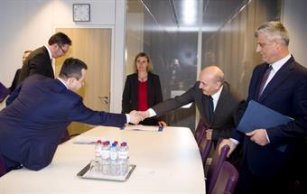 EU High Representative Federica Mogherini and Serbian Prime Minister Aleksandar Vucic and his Kosovar counterpart Isa Mustafa during a new round of talks
