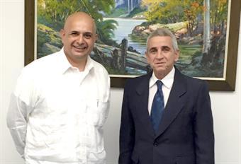 Kuwaiti Ambassador to Cuba Bader Al-Awadhi with Cuban Minister of Energy and Mines Alfredo Lopez Valdes