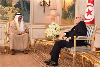 Interior Minister Sheikh Mohammad Al-Khaled Al-Hamad Al-Sabah with Tunisian President Beji Caid Essebsi