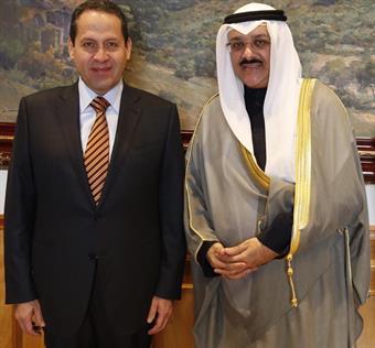 Kuwaiti Ambassador to the United Mexican States, Samih Johar Hayat with Mexico Governor Eruviel Avila Villegas