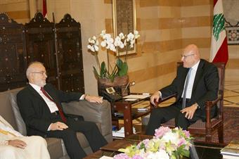 Prime Minister Tammam Salam meets with Iraqi Foreign Minister Ibrahim Al-Jaafari
