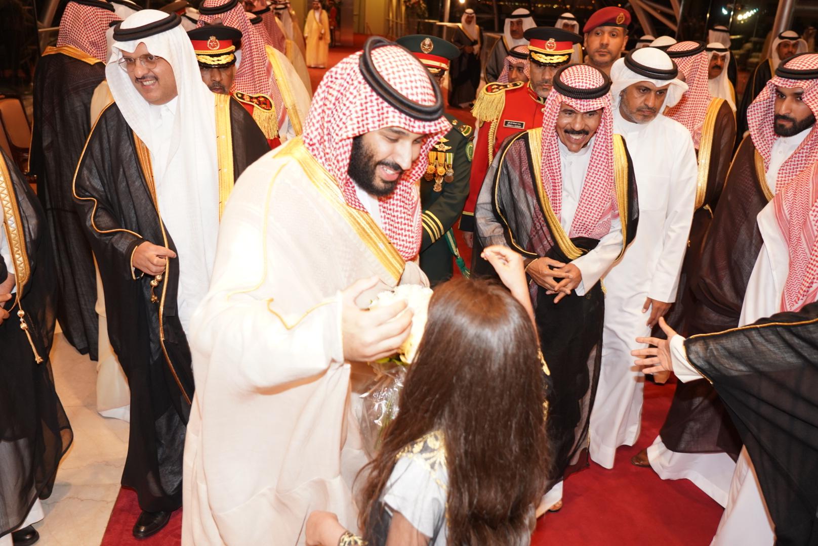 كونا ولي العهد السعودي يصل إلى البلاد في زيارة رسمية عام 30